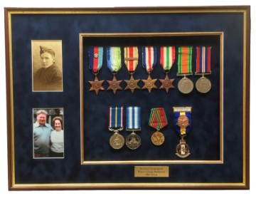 Services/RNWW2/RN_collection_of_medals.jpg
